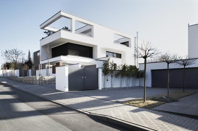 Neubau einfamilienhaus wiesbaden modern haus fassade for Modernes haus neubau