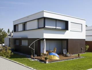 neubau von 4 einfamilienh usern in ulm externi wohn u. Black Bedroom Furniture Sets. Home Design Ideas