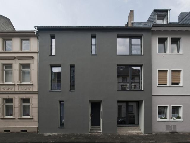 passivhaus sanierung bonn modern h user k ln von. Black Bedroom Furniture Sets. Home Design Ideas
