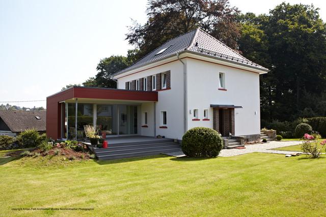 Sanierung Landhaus 30er Jahre Traditional Exterior
