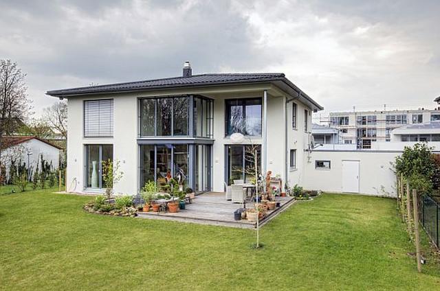 Stadtvilla modern innen  Stadtvilla in Karlsruhe-Grünwinkel - Gartenansicht - Modern ...