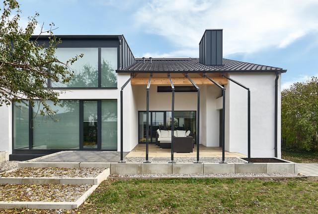 umbau elternhaus zum drei generationen haus industrial h user sonstige von face2o5o. Black Bedroom Furniture Sets. Home Design Ideas