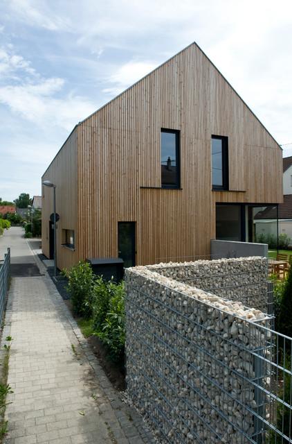 umbau sanierung eines bestehenden wohnhauses mit scheune modern haus fassade other. Black Bedroom Furniture Sets. Home Design Ideas