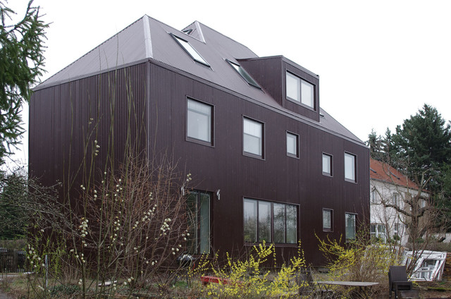 umbau zweifamilienhaus modern haus fassade other. Black Bedroom Furniture Sets. Home Design Ideas