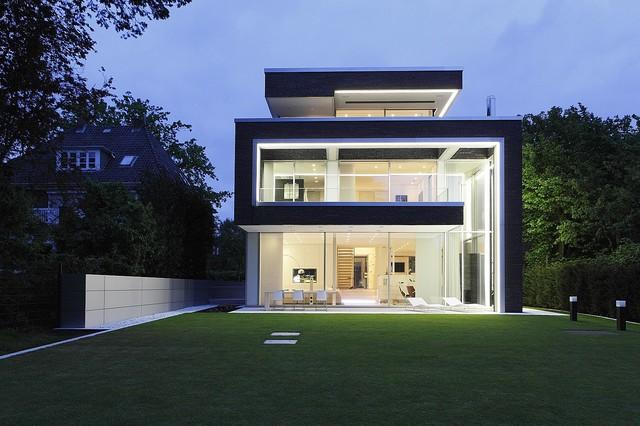 villa linari. Black Bedroom Furniture Sets. Home Design Ideas