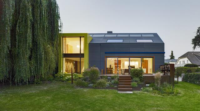 wohnhaus bad homburg modern h user frankfurt am main. Black Bedroom Furniture Sets. Home Design Ideas