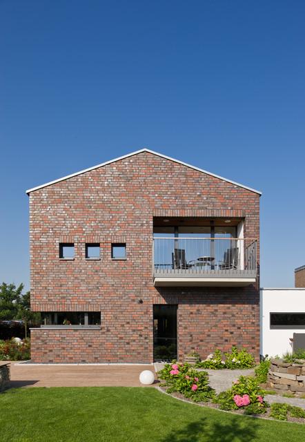 wohnhaus im seelhorster garten hannover modern h user hannover von bartels architektur. Black Bedroom Furniture Sets. Home Design Ideas