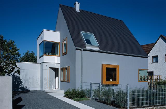 Wohnhaus m nchen laim modern haus fassade other for Modernes haus mit holzfenster