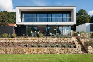 Wohnhaus pirna minimalistisch h user dresden von for Minimalistisch essen