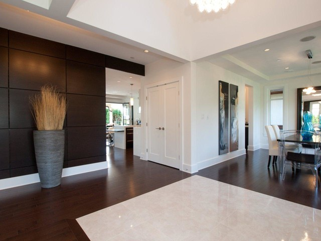 1208 Haywood contemporary-hall
