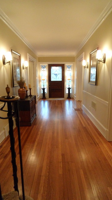 1616 Hawthorn Park in historic Woodland Park traditional-hall