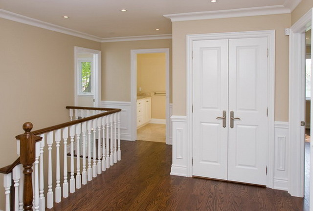 2nd Floor Landing Traditional Hall Toronto By