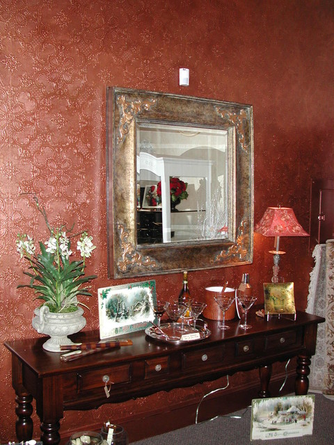 Accent walls traditional-hall