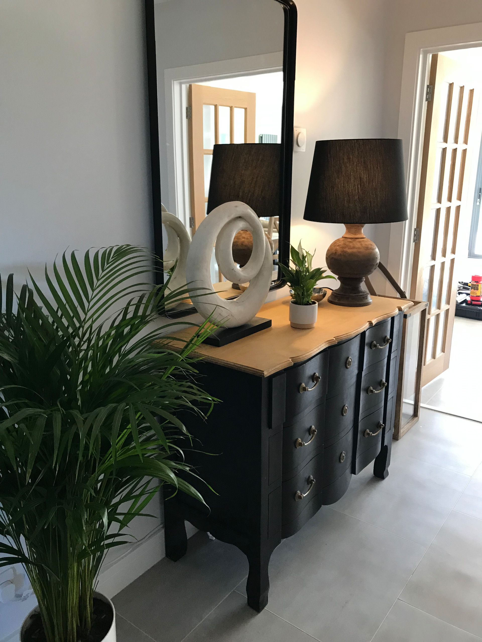 African inspired living/dining space