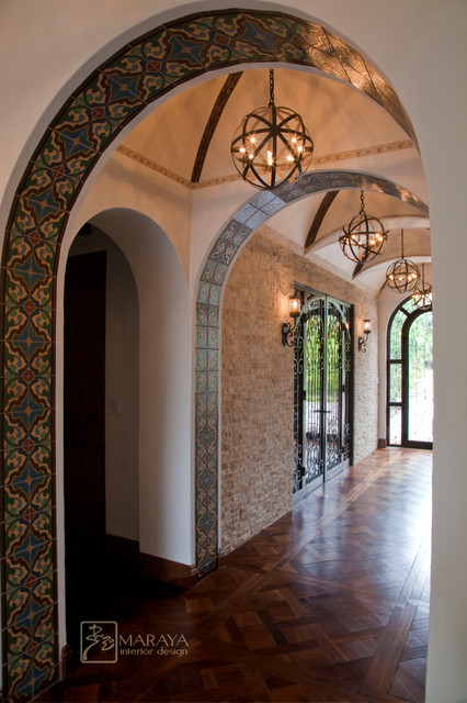 Arched and groin vault entry hall mediterranean hall for Interior arch designs photos