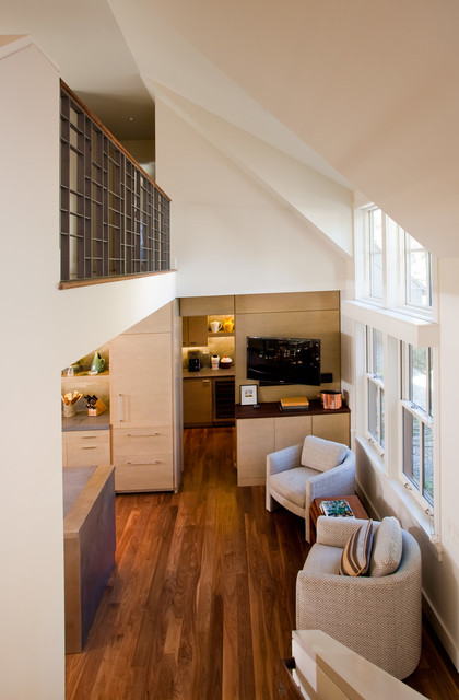 Artist's Cottage contemporary-hall