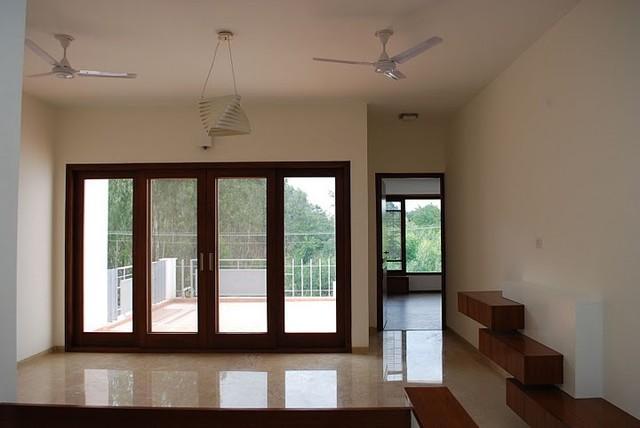 Bangalore Residence 3 modern-hall