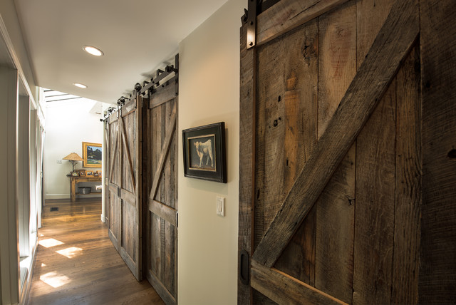 Barn Door Beauty hall