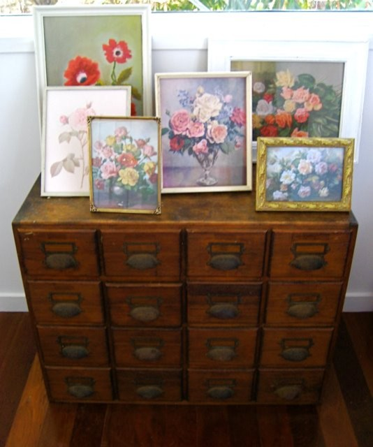 beach vintage eclectic-hall