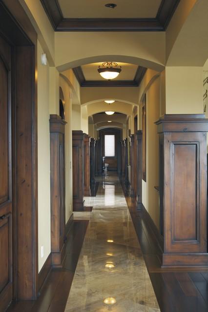 Bend Residence 2 traditional-hall