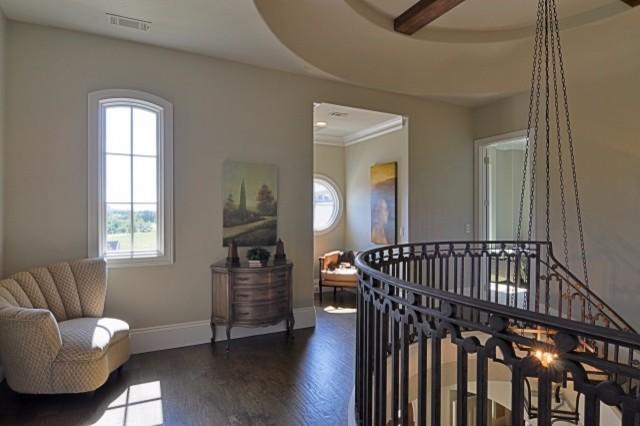 Bentley Premier Builder Available Villa traditional-hall