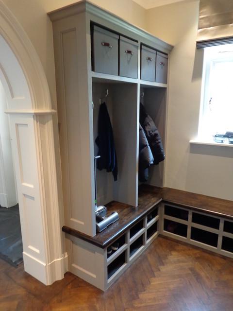 Superbe Bespoke Hallway Furniture