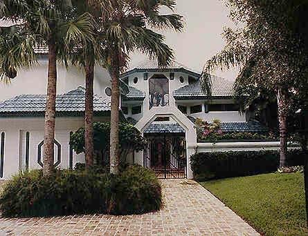 Boca Grove Home hall
