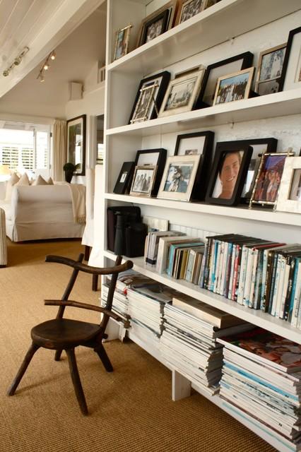 Book Shelf traditional-hall