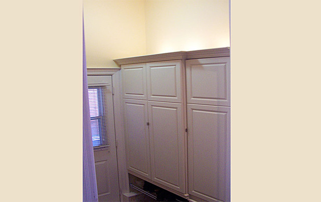 cabinetry & millwork traditional-hall