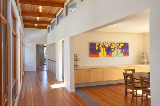 Cape Cod Modern House Addition, Wellfleet modern hall