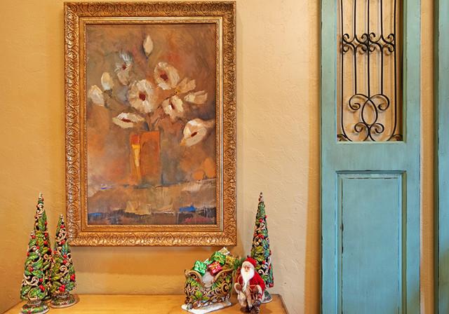 Christmas Decorating - 3 traditional-hall