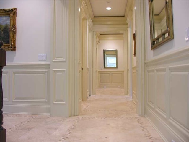 Classic-Style custom home traditional-hall