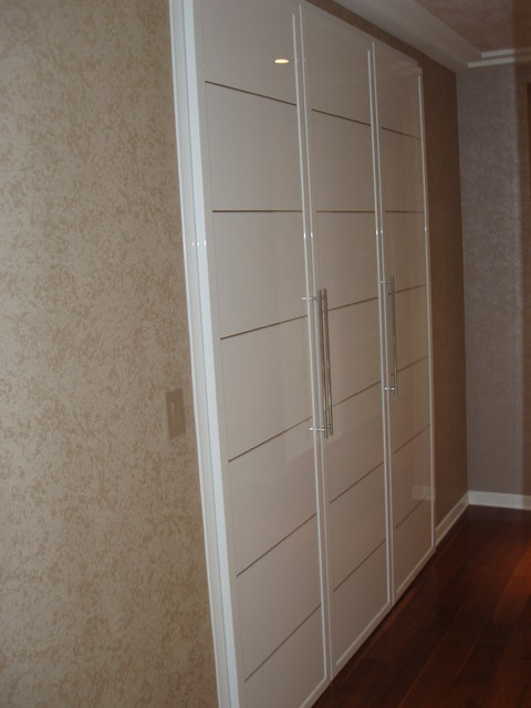 Closet doors Miria collection in high gloss finish - Modern - Hall - new york - by Bella Porta