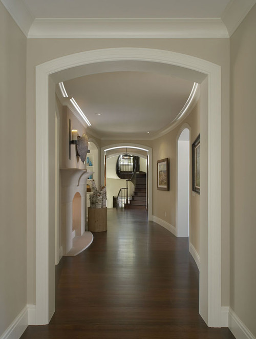 what is the paint color trim color in this hallway thank you