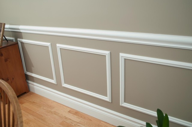 Customized Moulding In New Home