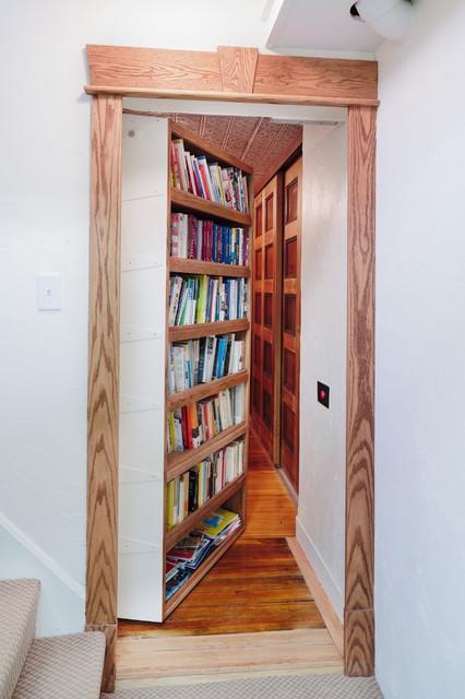 geheime rume bauen als begehbarer abstellraum und wandregal unter die treppe begehbarer. Black Bedroom Furniture Sets. Home Design Ideas