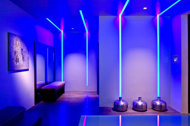 Cyber Sound Show Room contemporary-hall