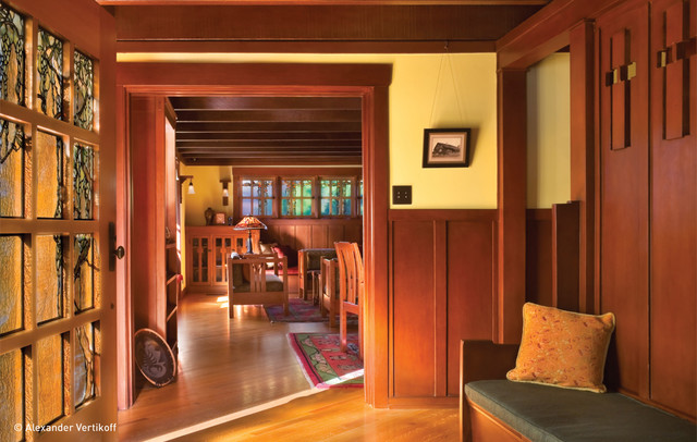 Darling Residence craftsman-hall