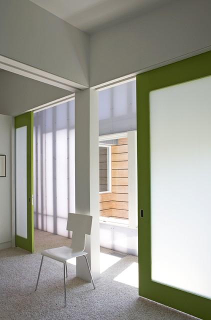 Fairfield House modern-hall