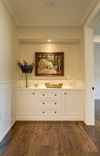 Farinelli Construction Inc traditional-hall