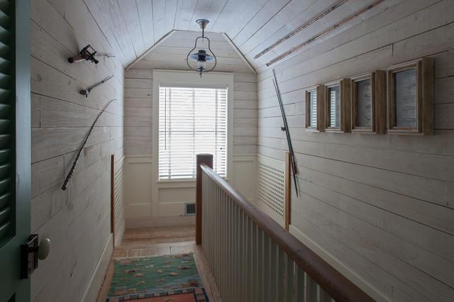 Fish Camp Beach Cottage beach-style-hall