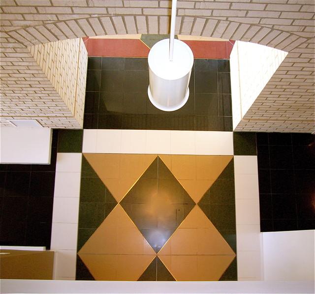 Floor tile pattern using Silestone contemporary-hall
