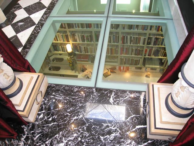 Glass floor landing. Buena vista Deco traditional-hall