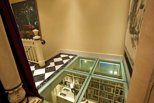 Glass floor landing. Buena vista Deco eclectic hall