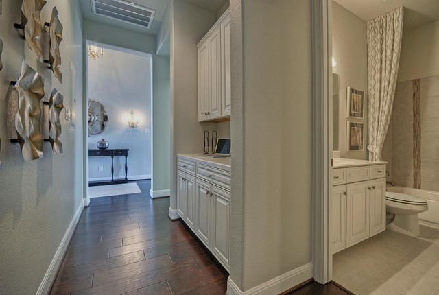 Superbe Hallway Cabinets