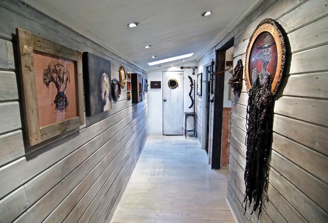 Hallway hall