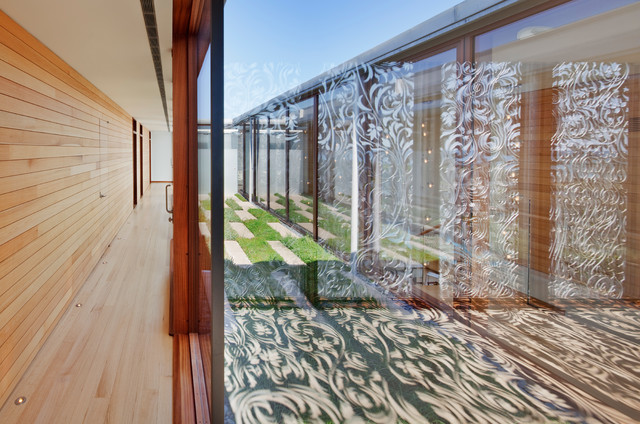 Beach Style Hall by aamodt / plumb architects