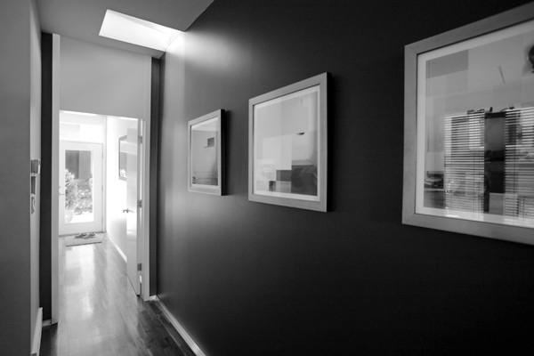 Hannon Richards Bankview House - Hallway modern-hall