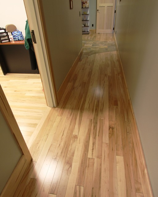 Hardwood hall new york by b b floor coverings for Hardwood floor covering
