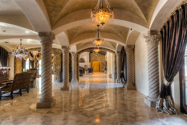 Interior Plaster & Decorative Finishes - Traditional - Hall